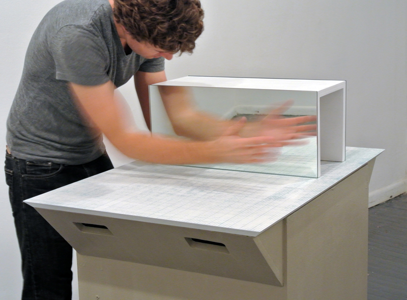 mirror box therapy Mirror box therapy can be utilized in conjunction with other therapies to help stroke patients retrain their brain, regain function and impr.